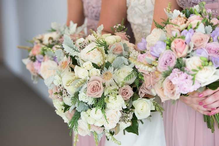 Bouquet de mariée, boutonnière 0